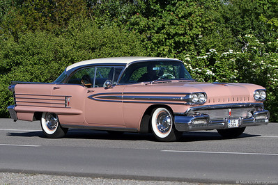 Oldsmobile Super 88 @ Klassikwelt Bodensee Germany 17May12