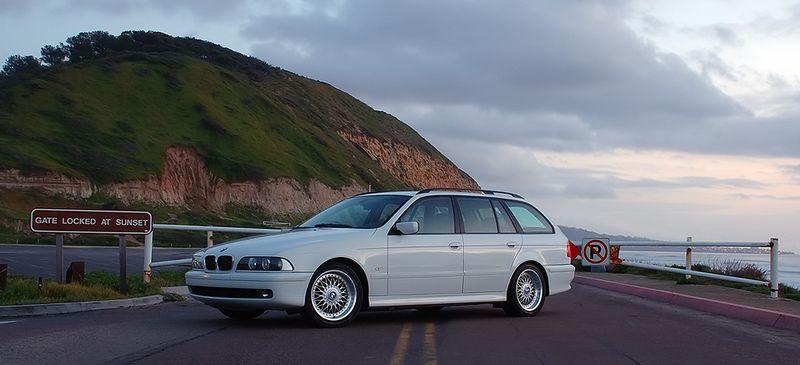 BMW 528it