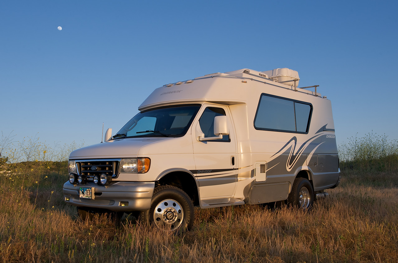 Chinook 2100 concourse xl 4x4 turbo diesel rv buy