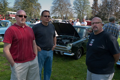 Tres Amigos.  that's Kenny's Cortina in the background.
