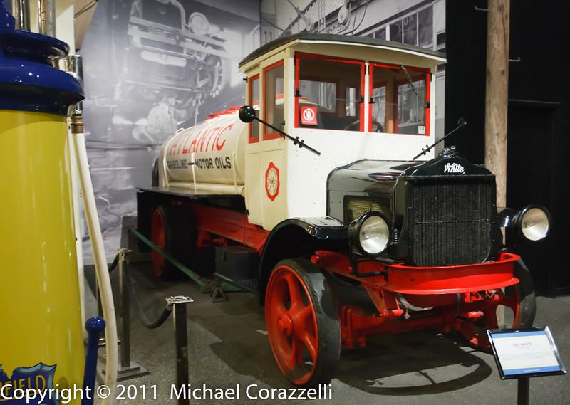 Petersen Auto Museum 1_11-028