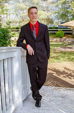 Senior Carter 057