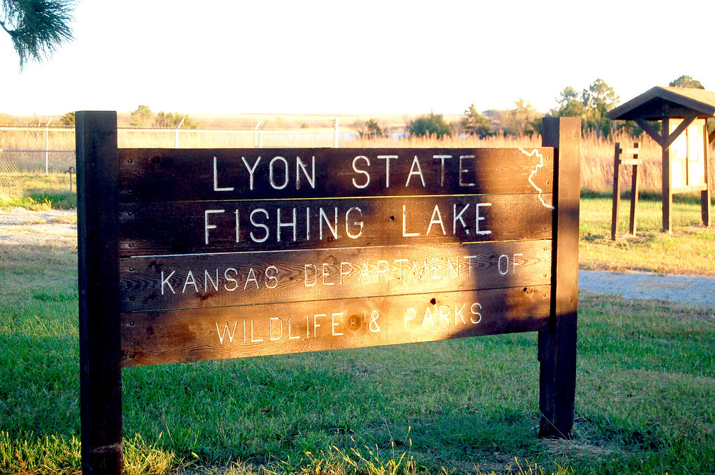 Thanks to Travlin Bob for sharing one of his favorite spots with me. Lyon State Fishing Lake, also know as Reading Lake, is a real gem located on the eastern edge of the scenic Flint Hills. Bob is deeply rooted in the Flint Hills and knows all the special places and back roads. We spent two days there touring the area, cooking with our dutch ovens, target practicing with handguns, and enjoying the fall scenery and weather.<br /> <br />  I told Bob the outing resembled a Mountain Men rendezvous back in the early 1800s with all the cast iron cooking and shooting, except we were enjoying the modern comforts provided by our Casita trailers.
