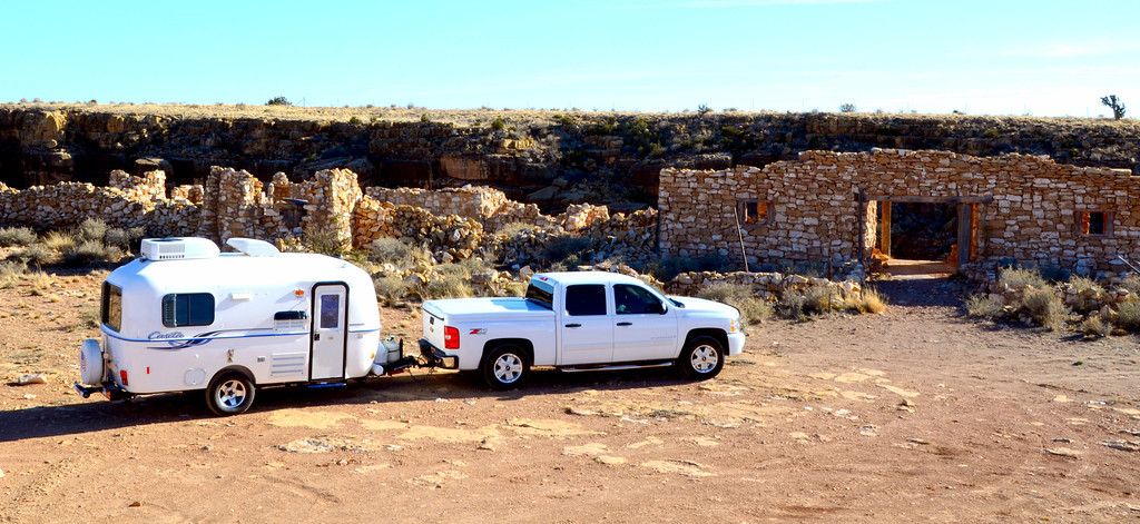 Two Guns , Arizona. Site of original zoo.