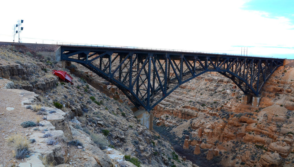 Canyon Diablo bridge today.