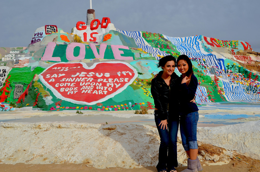 In the winter months it is estimated that over 100 people a day visit Salvation Mountain. All seem to want their picture taken in front of the mountain. <br /> <br /> With Leonard now gone, the crowd will probably lessen.