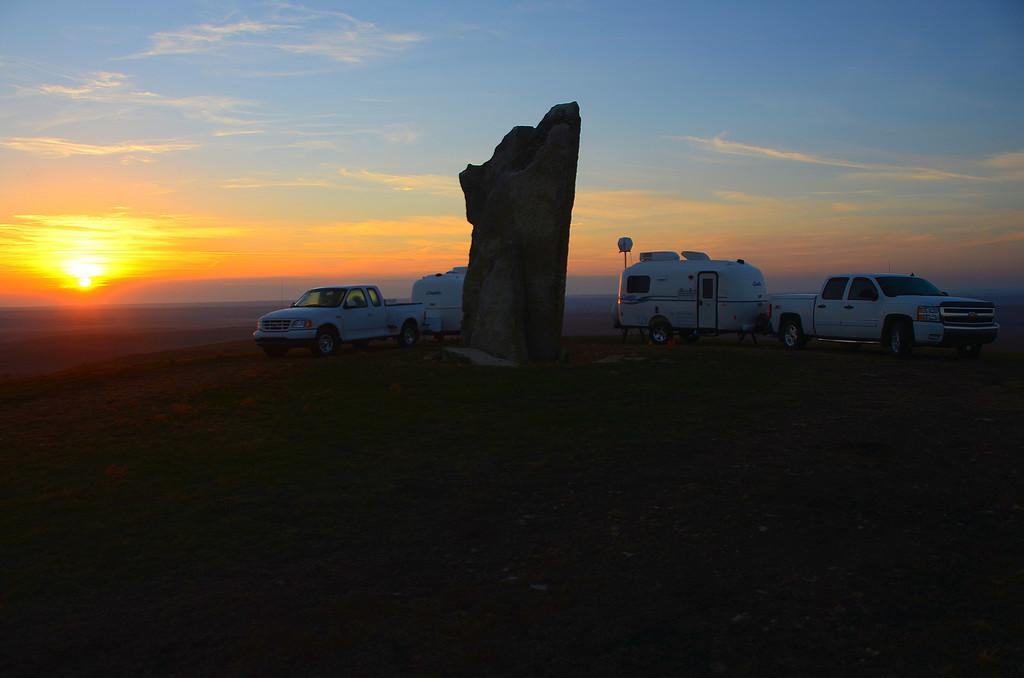 Sunrise at Teter Rock