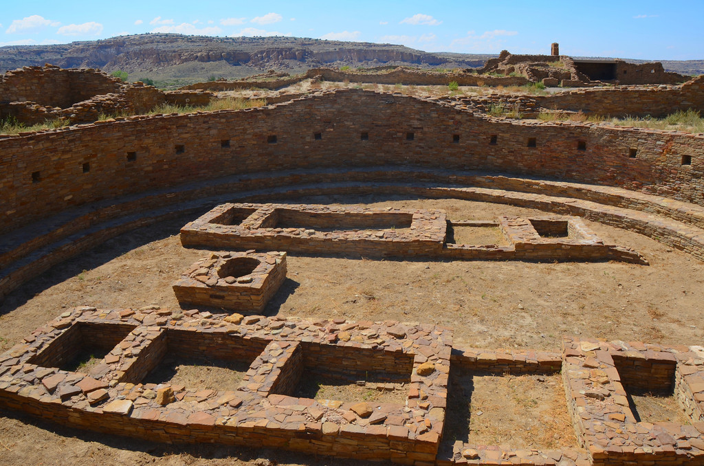 "Una Vida - Great Kiva<br /> <br /> ""Great kivas are another characteristic element of Chacoan great house construction. The size and complexity of these structures indicates that they were used for large gatherings and ceremonies. In modern Puebloan cultures, kivas are buildings used for religious worship"""