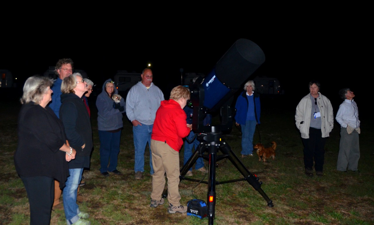 Many thanks to Diane Mason for hauling her massive telescope to the event. We enjoyed multiple evenings viewing the skies with Diane sharing many interesting objects.