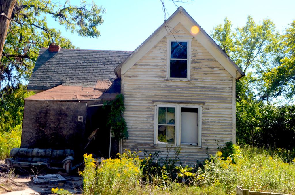 Abandoned house near Elmdale.