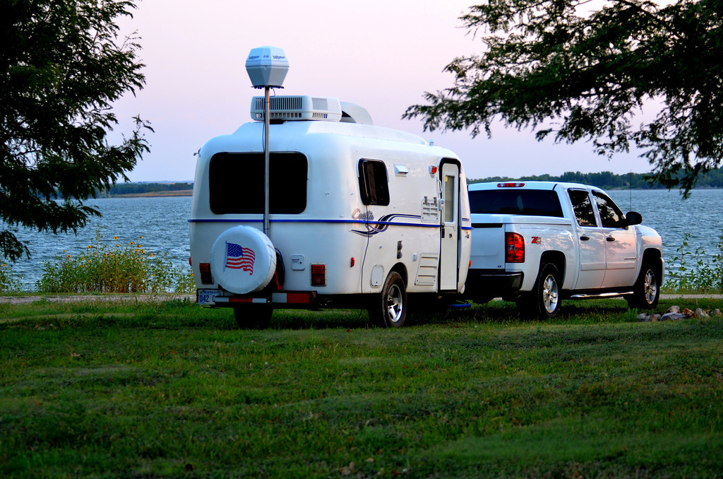 I spend the night at Glen Elder State Park one of the largest lakes in Kansas.