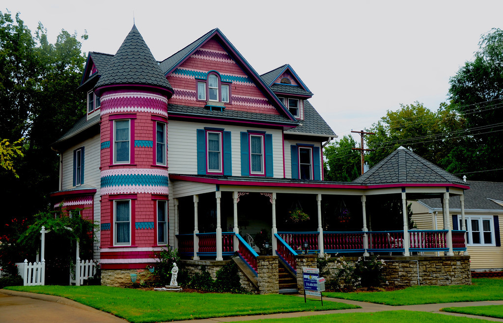 August 14<br /> <br /> Lindsborg is a remarkable, Stepfordish town with a rich Swedish heritage.