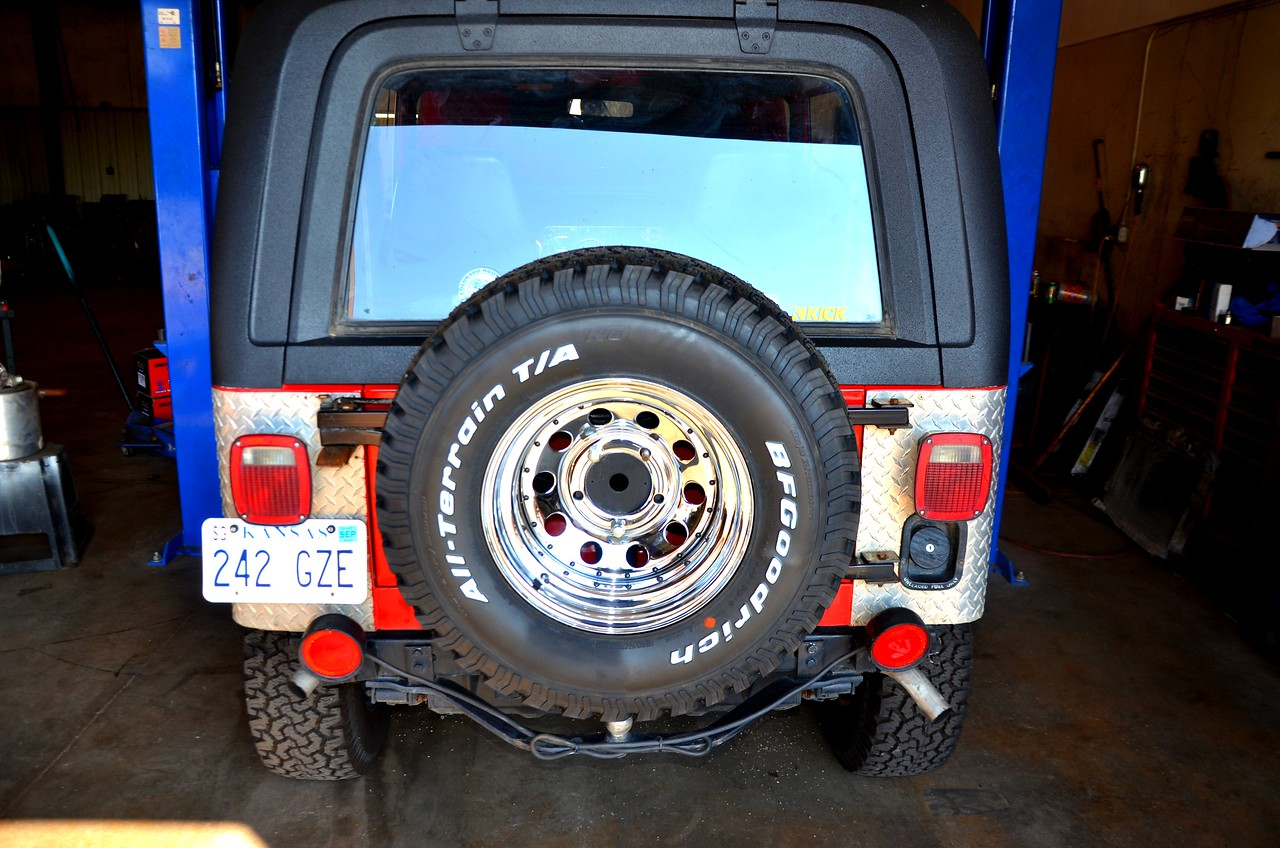 New Goodrich All Terrain tires all the way around.