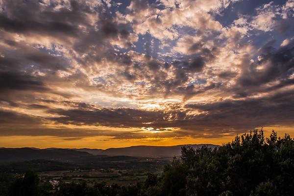 Coucher de soleil depuis le Castellas de Forcalqueiret
