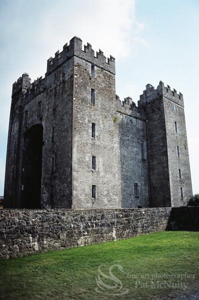Castle Aughnanure Photo