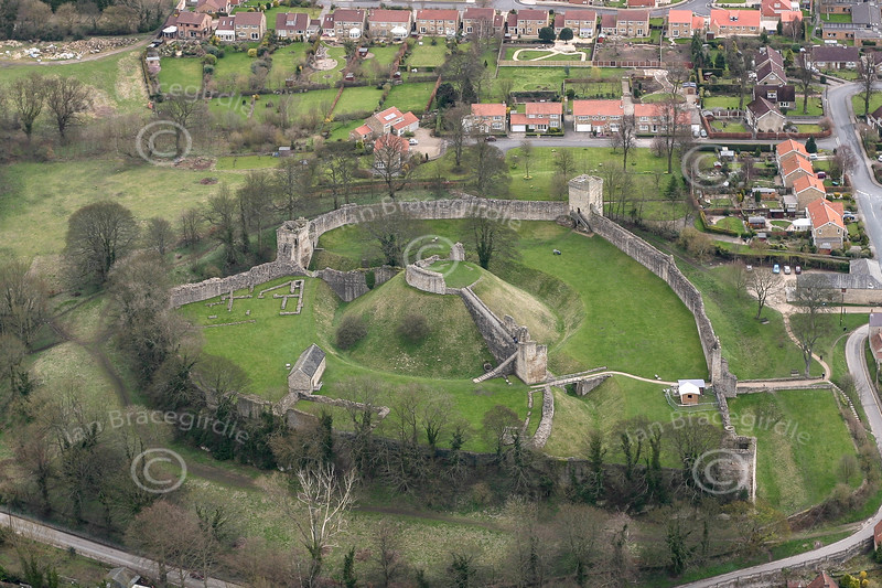 Aerial photo of Pickering Castle-1