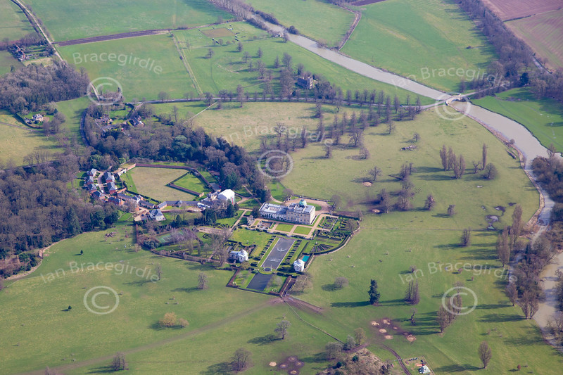 Aerial photo of Tyringham Hall.