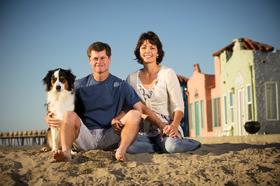 7589-d700_Amy_and_Michael_Savage_Capitola_Beach_Portrait_Photography
