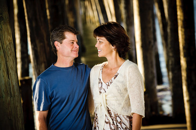 7459-d700_Amy_and_Michael_Savage_Capitola_Beach_Portrait_Photography