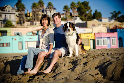 7565-d700_Amy_and_Michael_Savage_Capitola_Beach_Portrait_Photography