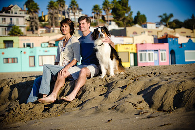 7563-d700_Amy_and_Michael_Savage_Capitola_Beach_Portrait_Photography