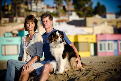 7572-d700_Amy_and_Michael_Savage_Capitola_Beach_Portrait_Photography