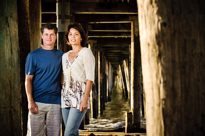 7464-d700_Amy_and_Michael_Savage_Capitola_Beach_Portrait_Photography