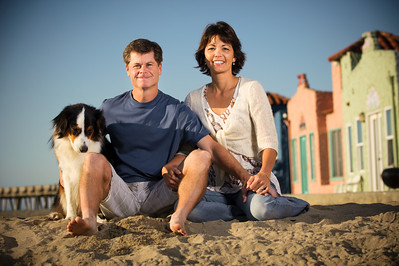 7590-d700_Amy_and_Michael_Savage_Capitola_Beach_Portrait_Photography