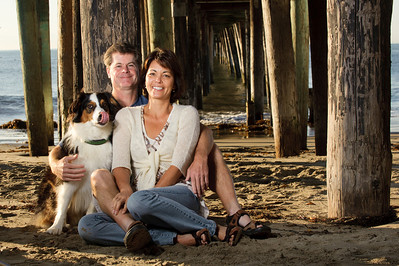 7504-d700_Amy_and_Michael_Savage_Capitola_Beach_Portrait_Photography