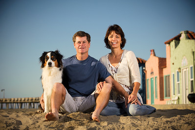 7593-d700_Amy_and_Michael_Savage_Capitola_Beach_Portrait_Photography
