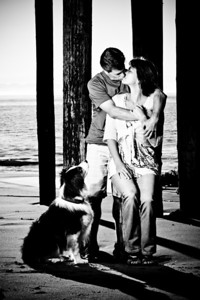 7481-d700_Amy_and_Michael_Savage_Capitola_Beach_Portrait_Photography