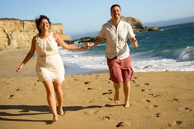 3610_d800b_Farnoosh_and_Behrang_Panther_Beach_Santa_Cruz_5yr_Anniversary_Couples_Photography