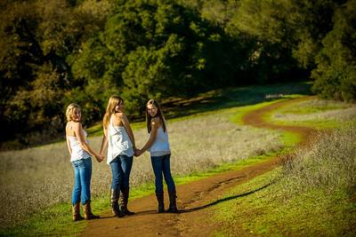 4429_d800_Allegra_Phoenix_Maren_Sisters_Rancho_San_Antonio_Open_Space_Preserve_Cupertino_Family_Photography