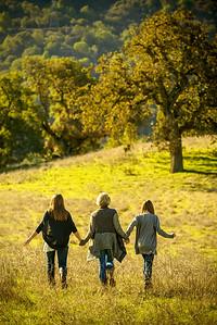 4398_d800_Allegra_Phoenix_Maren_Sisters_Rancho_San_Antonio_Open_Space_Preserve_Cupertino_Family_Photography