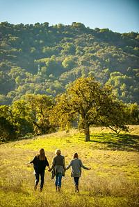 4397_d800_Allegra_Phoenix_Maren_Sisters_Rancho_San_Antonio_Open_Space_Preserve_Cupertino_Family_Photography