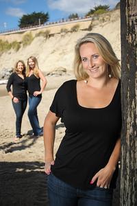 2589-d3_Diana_Malia_Jillian_Friends_Capitola_Beach_Portrait_Photography