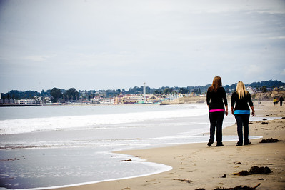 1327-d3_Diana_and_Denise_Santa_Cruz_Family_Photography_Seabright_Beach