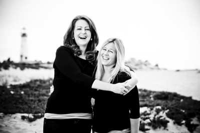 1278-d3_Diana_and_Denise_Santa_Cruz_Family_Photography_Seabright_Beach