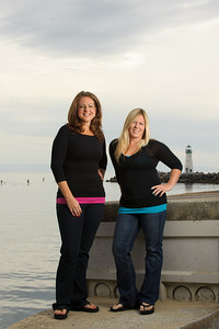 1254-d3_Diana_and_Denise_Santa_Cruz_Family_Photography_Seabright_Beach