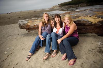 9507-d700_Kelsey_and_Friends_Santa_Cruz_Portrait_Photography
