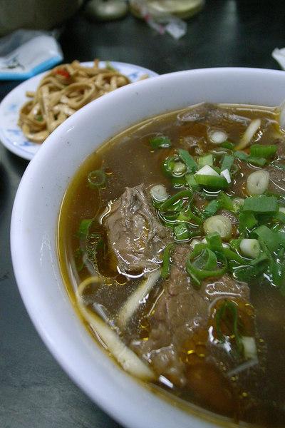 紅燒牛肉麵&涼拌干絲@杭州南路金華街口老張牛肉麵
