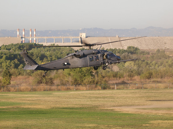 USAF 26115, a Sikorsky HH-60G Pave Hawk landing at Hansen Dam for American Heroes Air Show 2012.