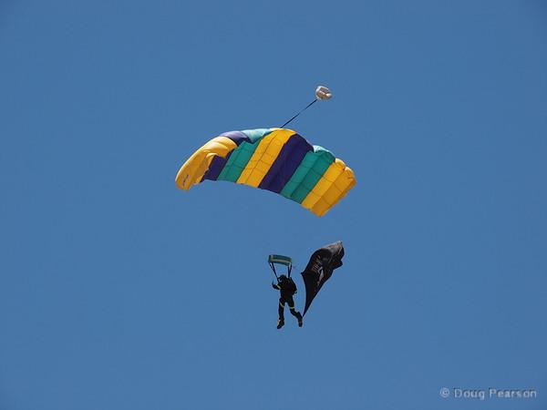 Parachutists arrive, number 3
