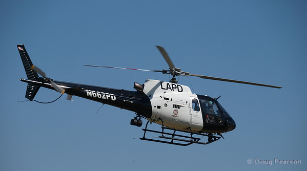 LAPD helicopter N662PD seen at 2009 Heroes Airshow Los Angeles