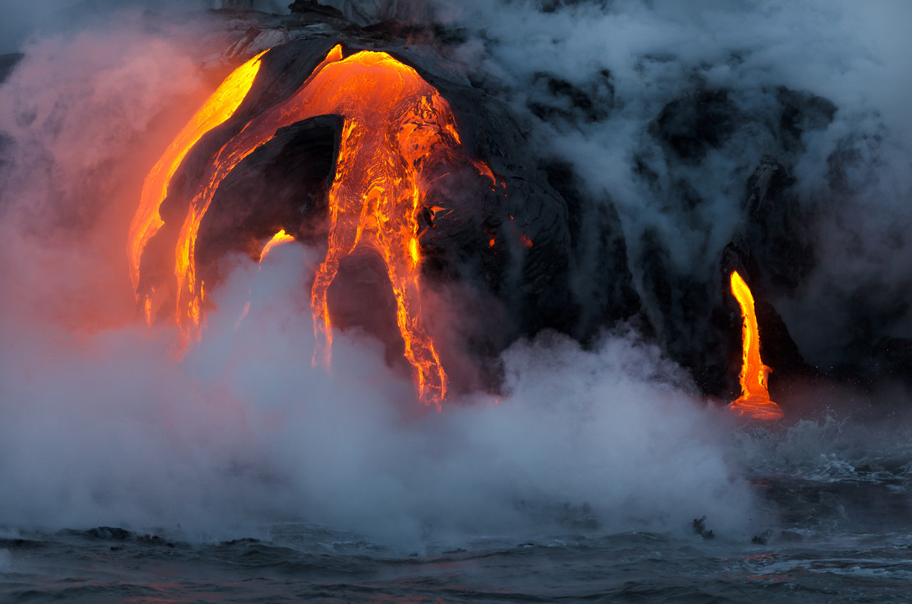 Lava Elephant Tusk (with Steam)
