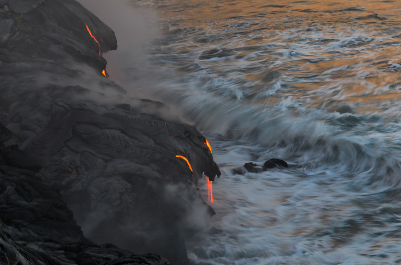 Lava Wave Splash, Flow & Reflect