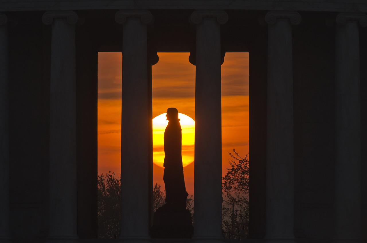 Jefferson Sunrise (Profile)