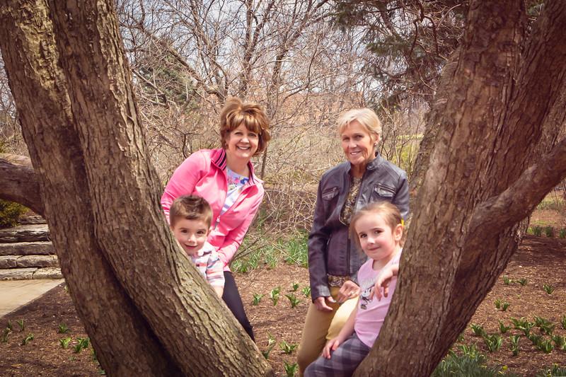 2018 April 22  Grandma, Nana, Cate and Pete  Lilacia Park