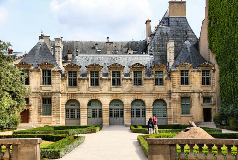 Palácio de Sully