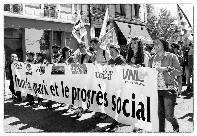 "<font size=""4"" face=""Trajan Pro""> Fiesta del Trabajo - Grenoble </font>"